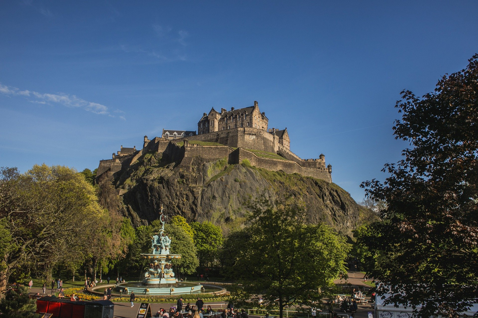 SCOTLAND – Accessible Edinburgh- 8 Days with Travel for All
